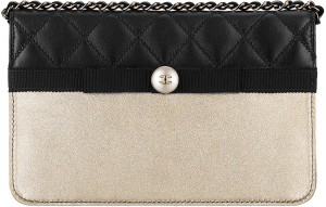 Chanel-Pearl-Wallet-On-Chain-Bag