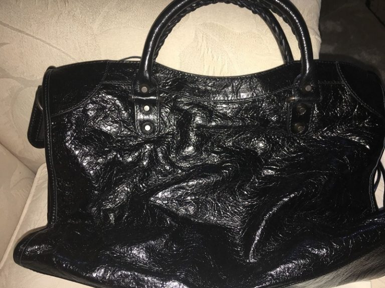 40309f19c0 Reviewing The Very Cheap Price but High-Quality Replica Balenciaga ...